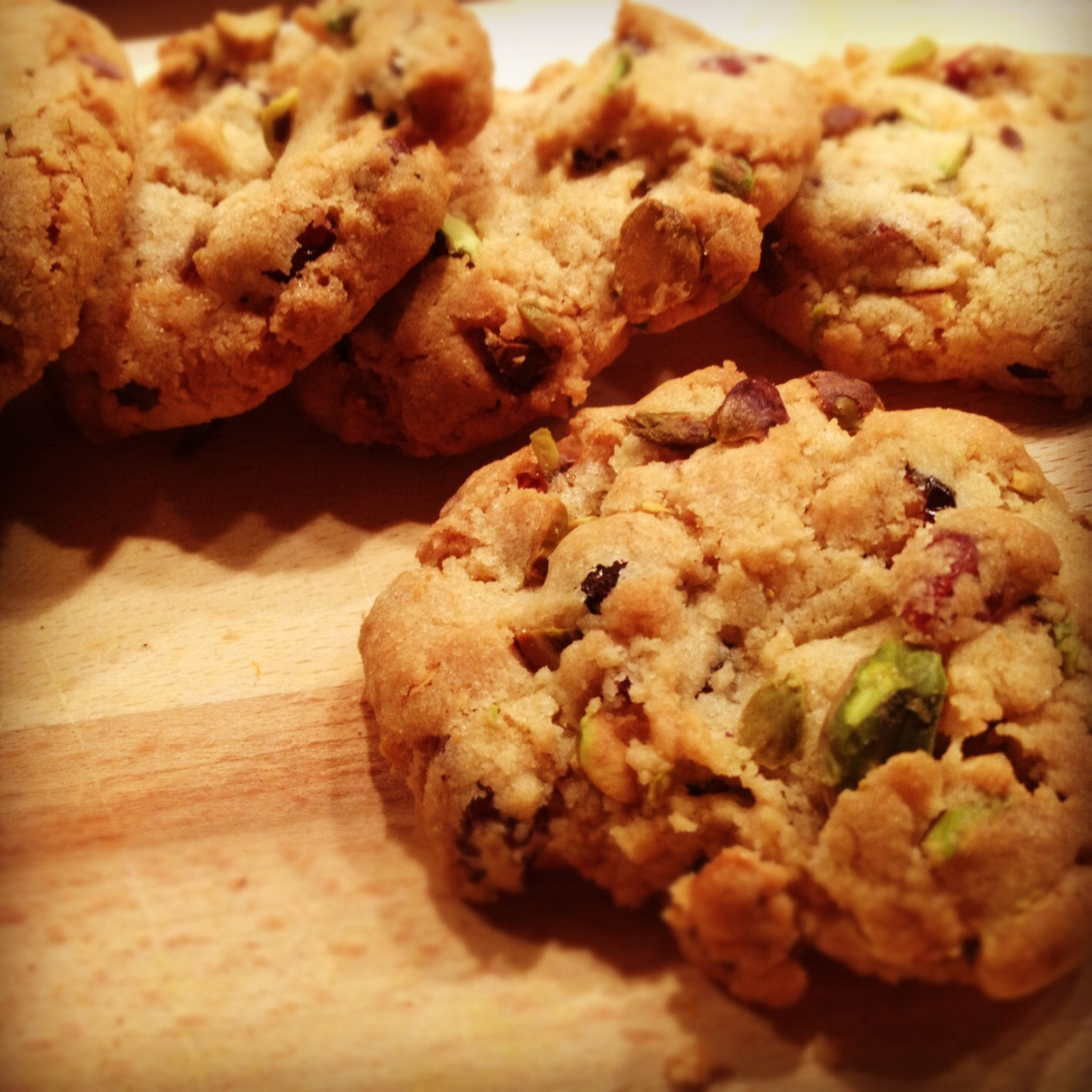 pistachio and cranberry cookies